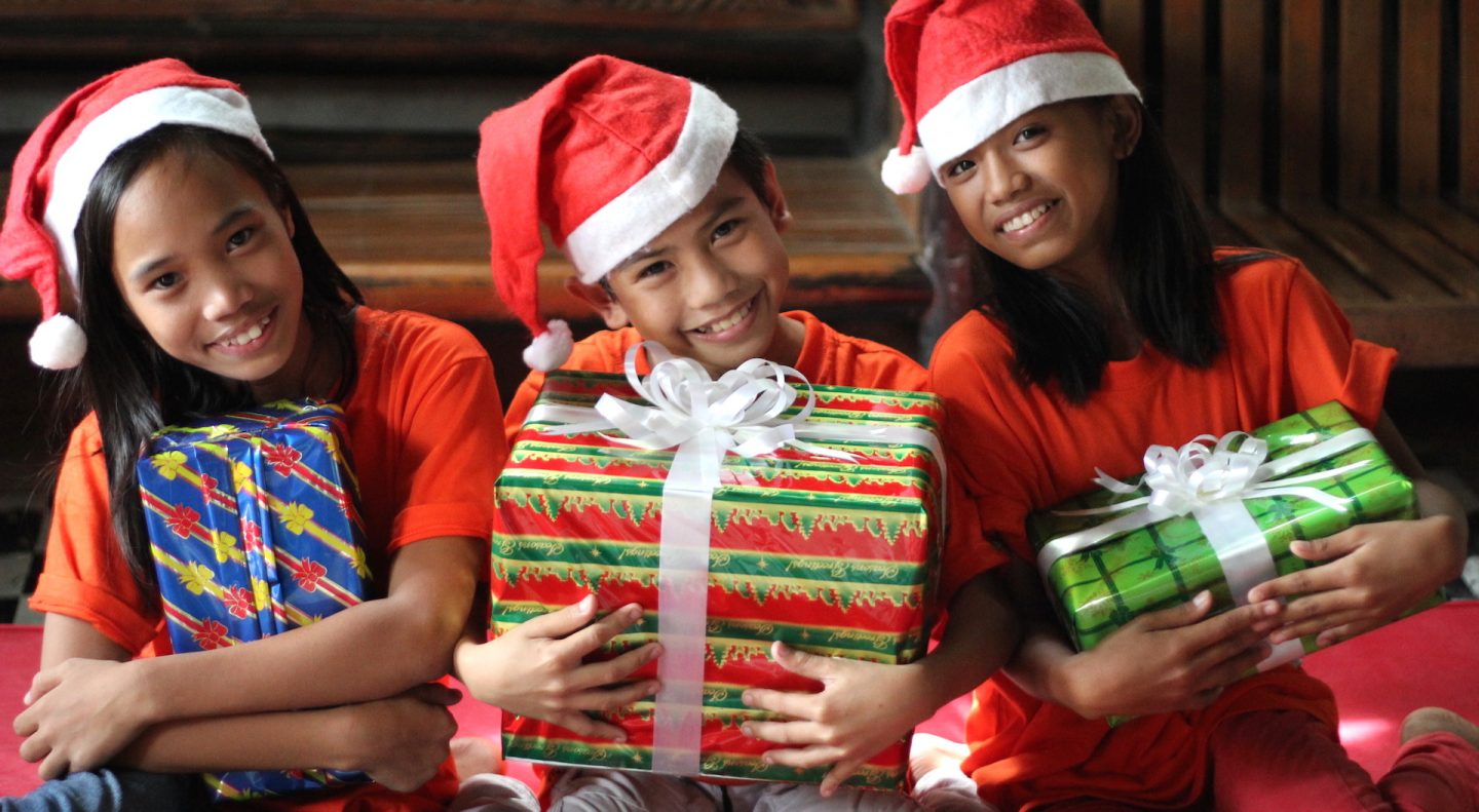 This photo was taken at the 2015 World Vision Noche Buena campaign in the Philippines, which aims to distribute Noche Buena gift packs to over 30,000 families across the Philippines. The term