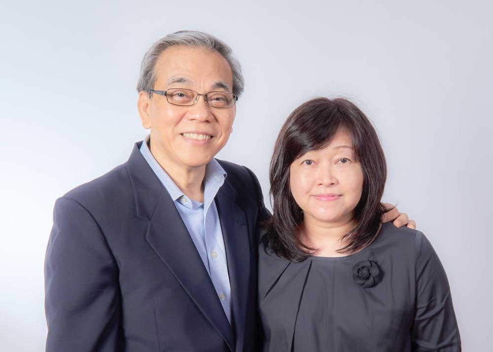 Ronald Seet and Pastor Glen Lim, Senior Pastor, Elim Church
