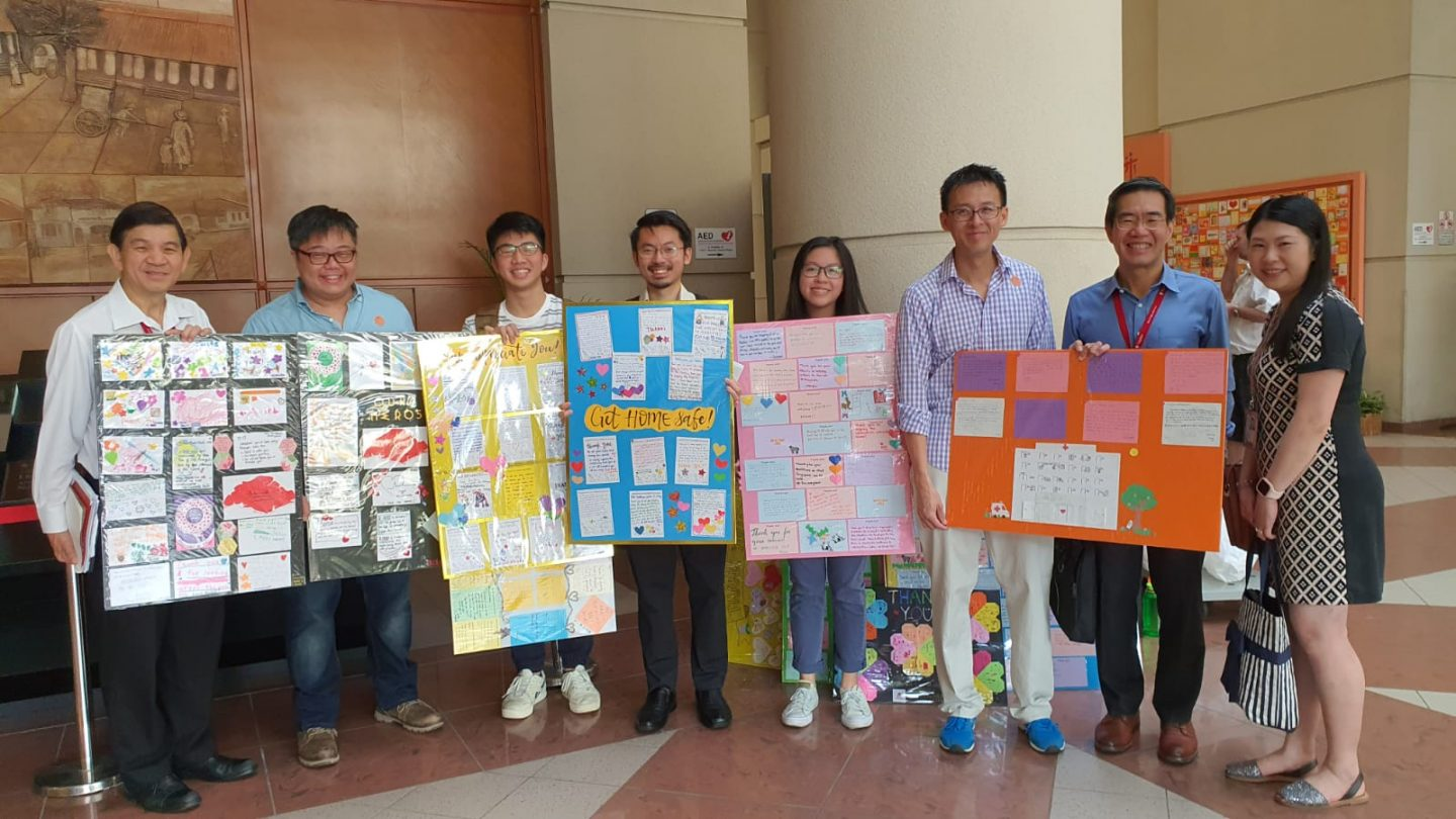 Micah Singapore delivered 1,000 notes of encouragement from several churches and organisations to healthcare workers at NCID and TTSH today (February 19). Photo taken from Ronald Wong's Facebook page.